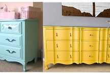 Painted Furniture / by Lisa Gooden
