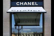 Shopping Stores / by Francisca Co
