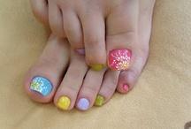 Nail designs / by Kallysta Morgan