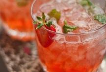 Drinks / by Lisa Hoover