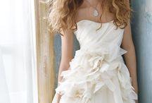 Vestidos de noiva / by Elessandra Gueller