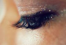 Makeup / by Andrea Hemsley♔
