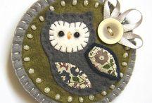 Felt Owls / by Mardelle Eddy