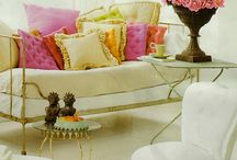 Daybeds, Nooks,Lounges / by Mary Ellis