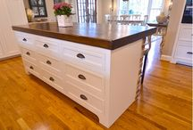 KITCHEN ISLAND/NEW PROJECT / by Mary MC
