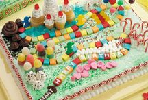 Birthday Party Cakes / by Jessica Clary