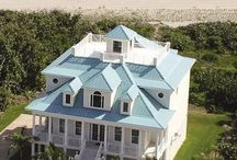 Awesome Beach Houses/Cottages / by Newton's Travels