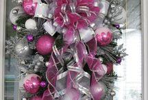 wreaths / by Teresa Daniells