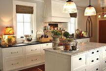 Kitchen / by Jessica Koza