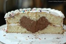 Charming Cakes / by Linda Rewa