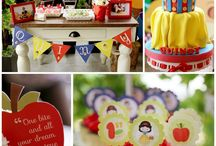 Snow White Birthday Party / by Margaret Troyer