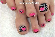 Nails / by Nicole Barnett