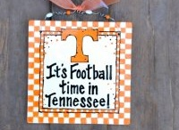 Tennessee gal!!! / by Brittany Gregg