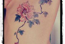 Tat tat tat it up / by Emelia Oppold