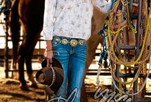 Cowgirl fashion  / by Madisenne Hoffman