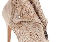 Shoes!! / by Johana Hernández