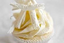 Cupcakes! / public / by Elizabeth Mashburn-Campbell