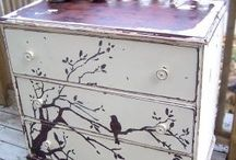 Painted Furniture / by Robin Lebleu