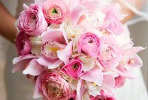 Wedding Flowers / by InvitesWeddings