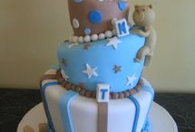 cakes / by Laure Swain