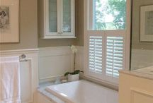 Guest bathroom / by Sheri D'Angelo