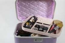 MUA+artist kit / Inside my makeup kit//My wishlist / by H M Tuesday Wise
