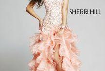 Dresses / by Dallas Aloffe