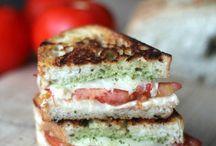 Sandwiches y panes / by Maria Lourdes Garcia Iglesias