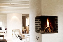 Fireplaces / by Kika Junqueira