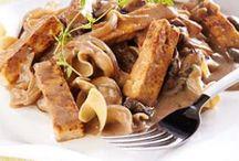 Vegetarian Recipes / by Elizabeth Popielarz