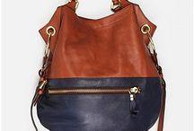 Bags / by Paola Hurtado
