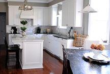 Kitchen / by Elizabeth Douglas