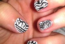 Pretty Nails :) / by Emma Schmuland