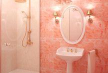 Bathroom / by Pauline