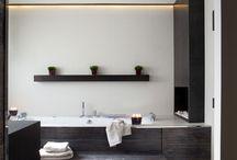 Bathrooms / by Eva Caro