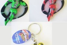 Women`s Keyrings & Keychains / by Henry Hulen