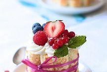 Desserts  / by Leda Lodin