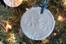 Make: Christmas Ornaments / by Rachelle | Tinkerlab
