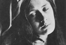 gallery: Julia Margaret Cameron / by Elana C.