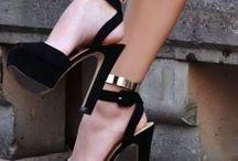 shoe//dreams. / by Lauren Johannsen