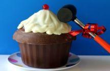 Birthday cakes / by Jodie Kochman