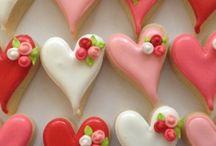 Holiday Treats / dessert & treats recipes for all holidays / by Ziddi Tamana