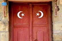 Kapılar, Pencereler / by Gurkut Uysal
