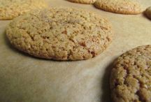 Paleo Cookies, Crackers & Bars / by Sandra Leon