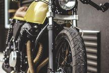 motocicletas / by Alejandra Aravena
