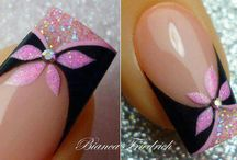 nails / by Kimberly Georgi