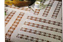 todos tipos de toalha de centro em croche para mesa / croche filet, naperon e outros  / by ligia michelan