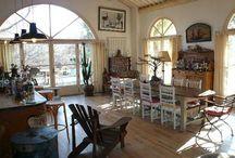 Provençal living room / by ClassicVacationRental.com