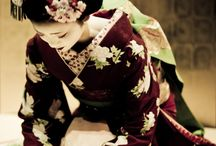 Geishas 芸者 & Maikos まいこ, マイコ / Geisha (芸者?), Geiko (芸子) or Geigi (芸妓) are traditional, female Japanese entertainers whose skills include performing various Japanese arts such as classical music and dance. Maiko (まいこ, マイコ?) is an apprentice geiko. Their jobs are performing song, dance, and shamisen (three-stringed Japanese instrument) to visitors at a feast.  / by Destiny Murphy