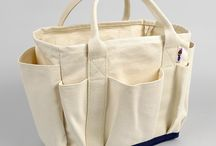 Bags Purses Wallets / by Milou